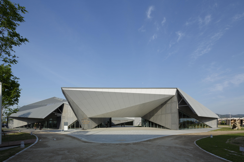 隈研吾建築都市設計事務所 | 札幌大通地下ギャラリー 500m美術館